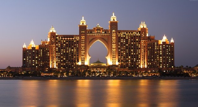 requisitos para trabajar en Dubai
