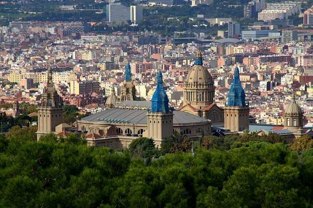 5 Trabajos fáciles de conseguir en Barcelona