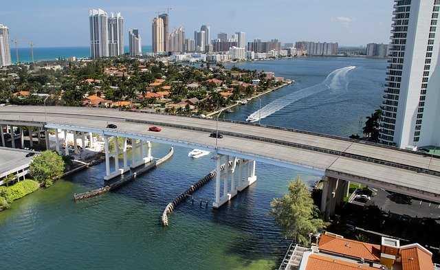 Esto son los 10 trabajos fáciles de conseguir en Miami