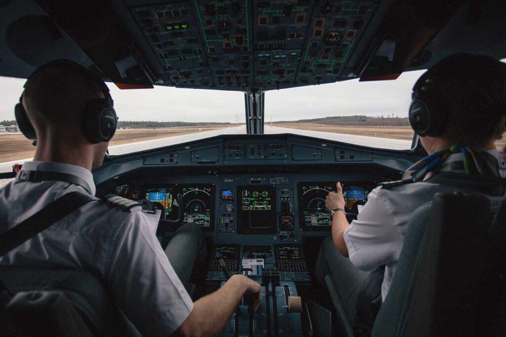 Pilotos entro los trabajos mejores pagados