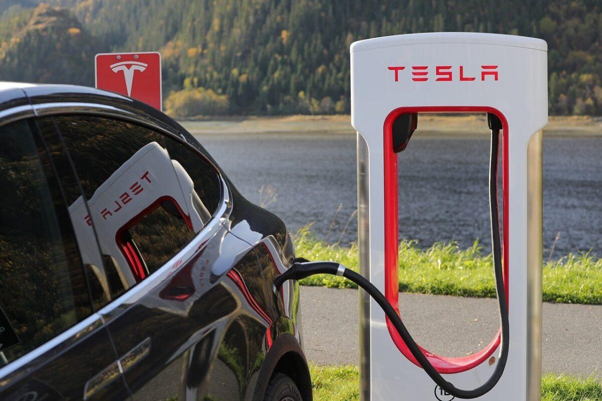 Trabajar en Tesla California