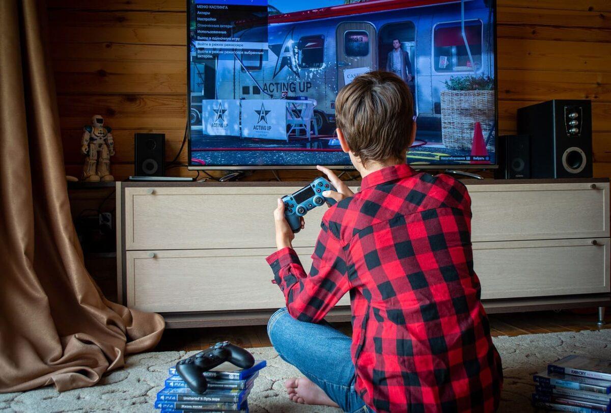Maneras Ganar dinero jugando videojuegos desde casa
